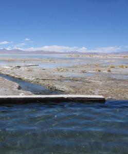 salzwüste-salar-de-uyuni-bolivien-thermalquellen
