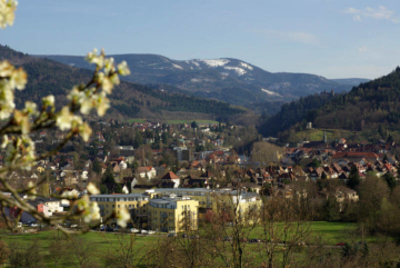 gernsbacher-runde-wandern-blick-auf-gernsbach