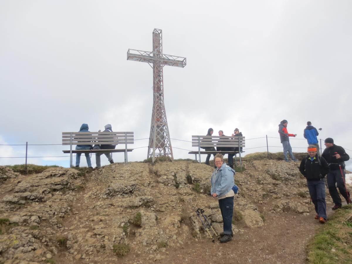 Das spezielle Gipfelkreuz auf dem Hochgratgipfel