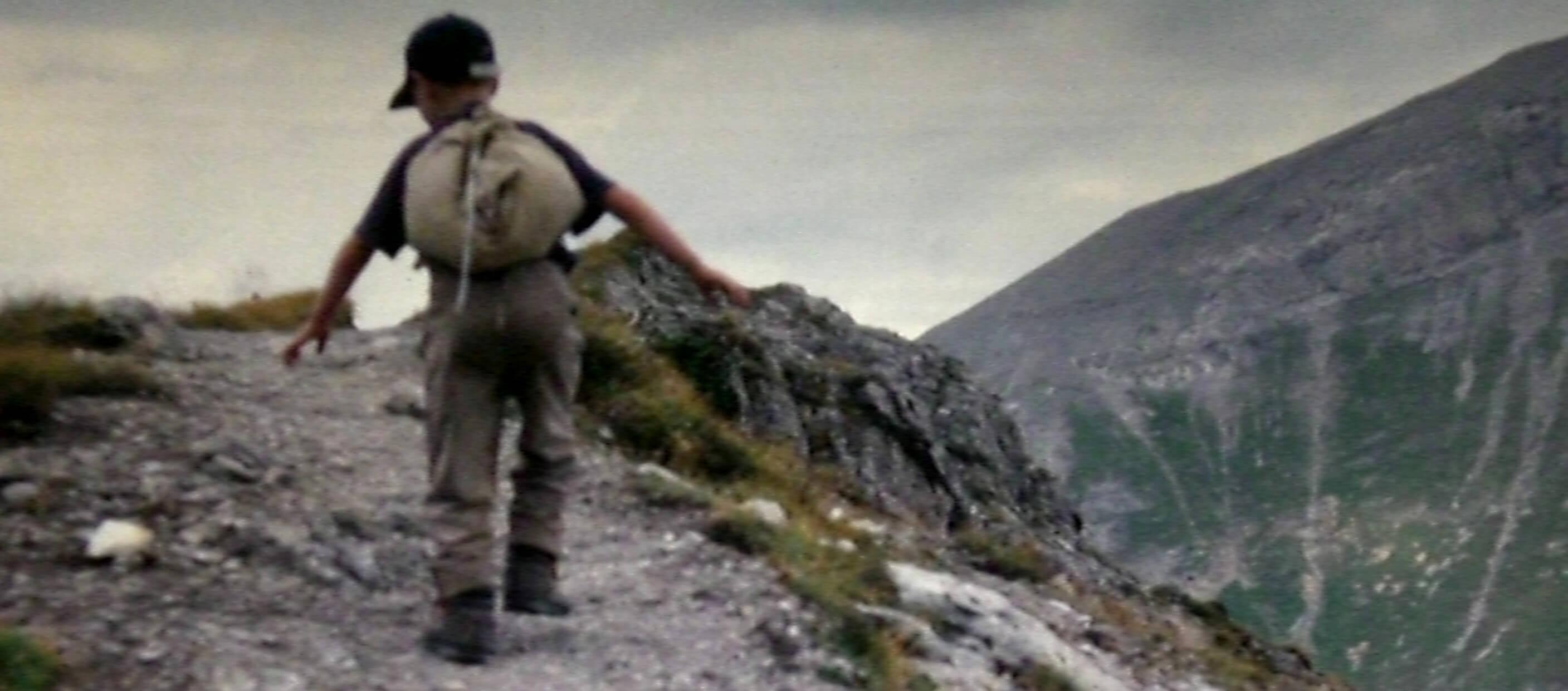 bergschuhe-trekkingschuhe-kinder-wandern