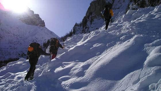 bergschuhe-trekkingschuhe-wie-gross-winter-teaser