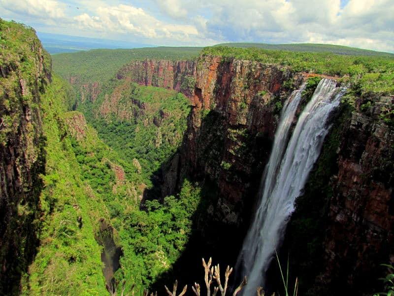 Wasserfälle-Brasilien-Cachoeira-do-Jatoba